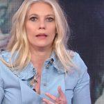 """Storie Italiane, Eleonora Daniele su una collega: """"Mi sono preoccupata"""""""
