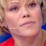 """Isola dei Famosi, Floriana Secondi tuona: """"Non mi metto ad elemosinare"""""""
