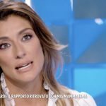"""Elisa Isoardi a Verissimo confessa: """"Ho trattato male mia mamma"""""""