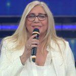 Mara Venier in prima serata d'estate: condurrà Una voce per Padre Pio