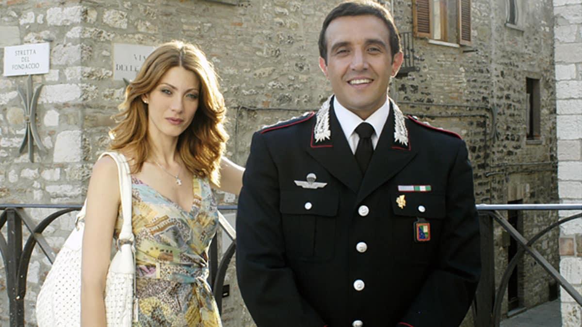 foto Milena Miconi e Flavio Insinna in Don Matteo