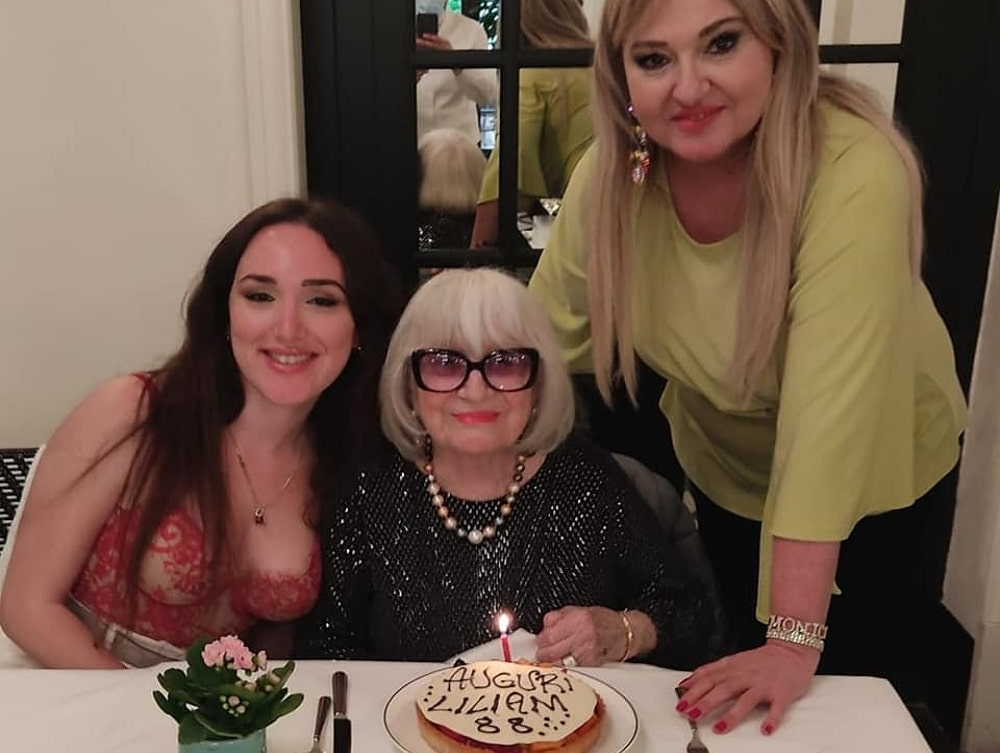 foto Monica Setta con mamma e figlia