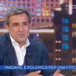 """Flavio Insinna sorprende Alberto Matano, il racconto: """"Ero alla stazione…"""""""
