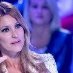 """Adriana Volpe: """"Il mio ex marito ha problemi"""", la confessione choc a Verissimo"""
