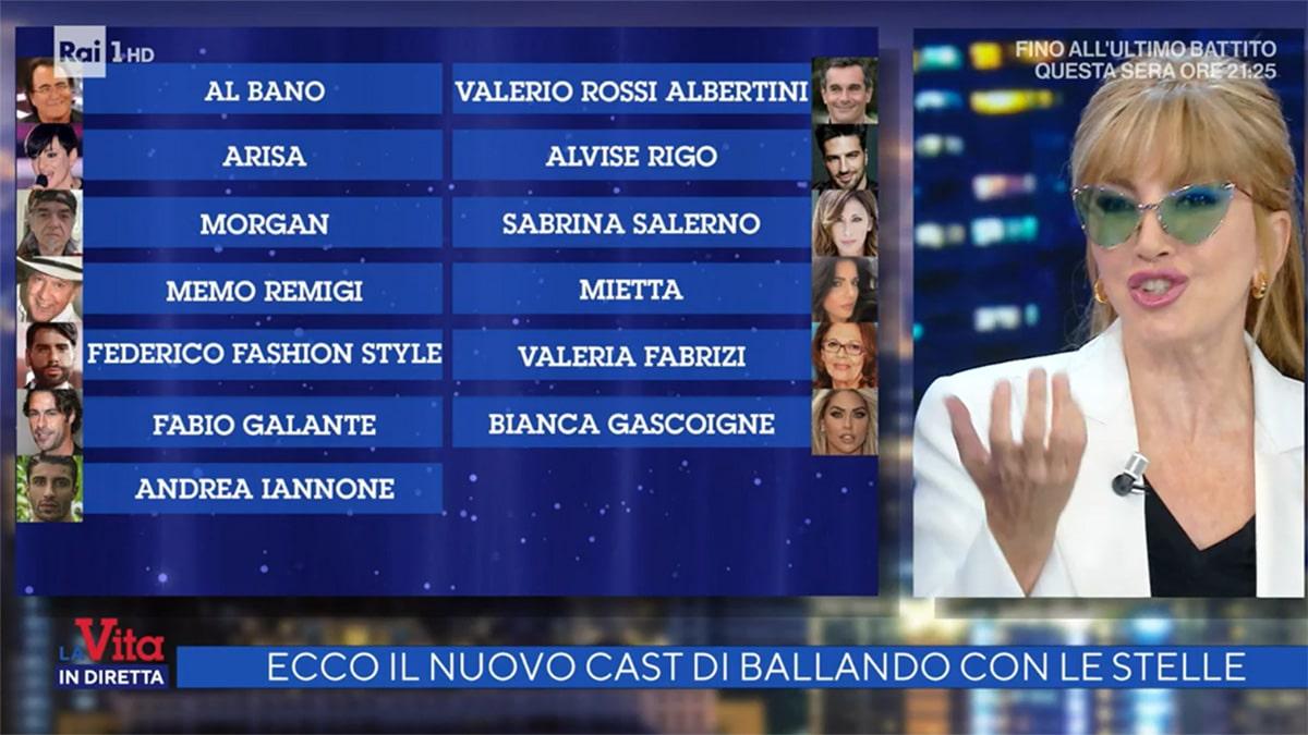 foto Milly Carlucci e il cast di Ballando con le stelle