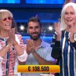 Loretta Goggi e la sorella, finale in lacrime a Soliti Ignoti: vinti 108.500€!