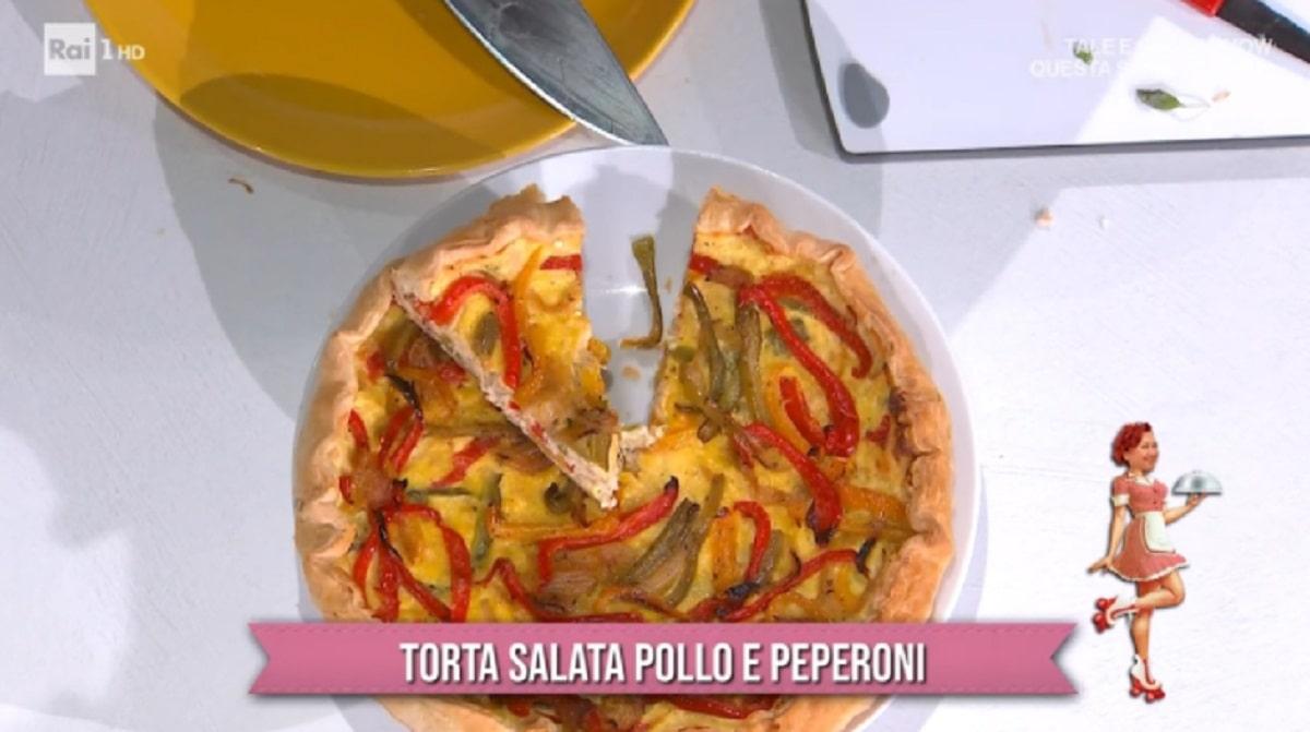 Foto Torta Salata Pollo e Peperoni Zia Cri E Sempre Mezzogiorno